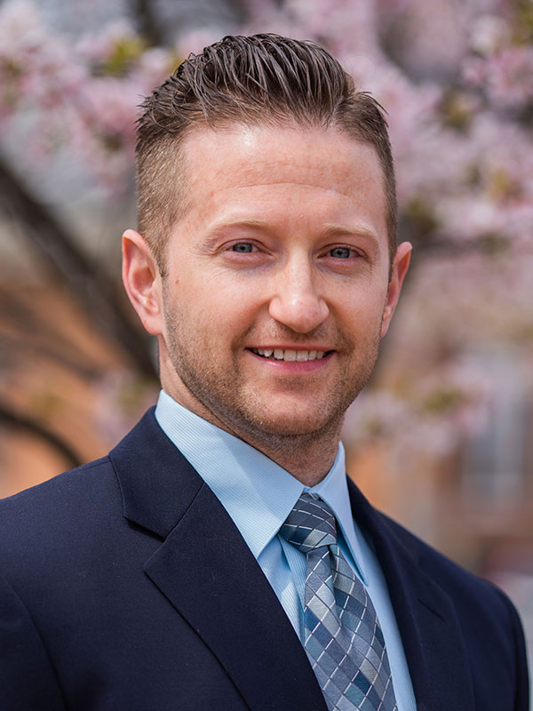 Dr. Andrew Vaky Chiropractor